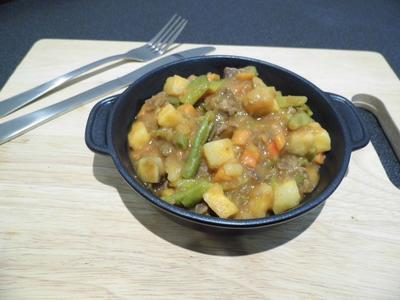 Summit To Eat Beef Stew with Potato (118 gramů) - 2